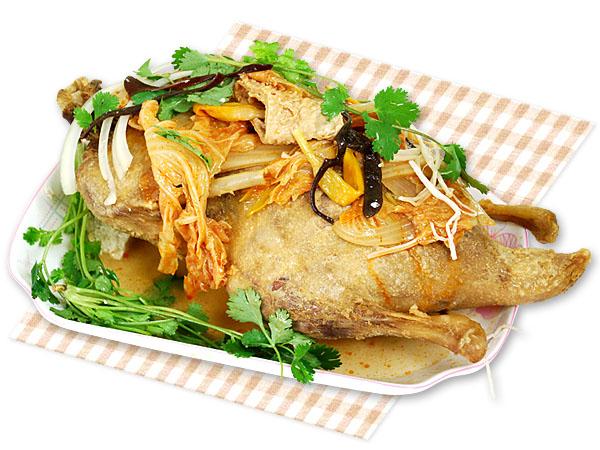 沙鍋鴨-半鴨【清燉】-沙鍋魚頭